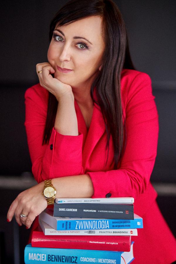 Sylwia Dębowska - Lenart